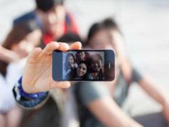 selfie e facebook