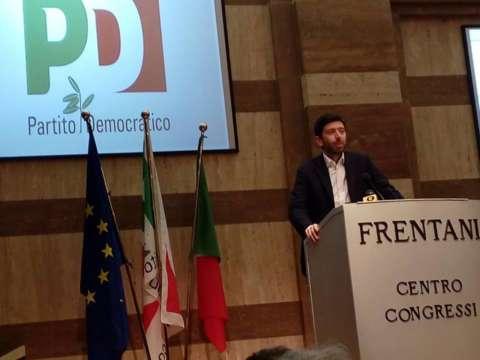 Roberto Speranza presenta il nuovo partito degli scissionisti: 'Democratici e Progressisti'