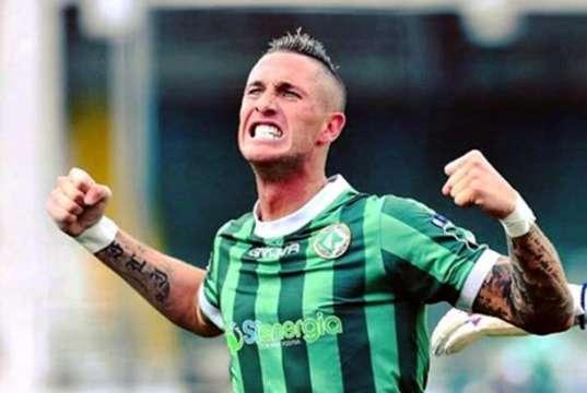 Esultanza di Ardemagni Avellino Calcio